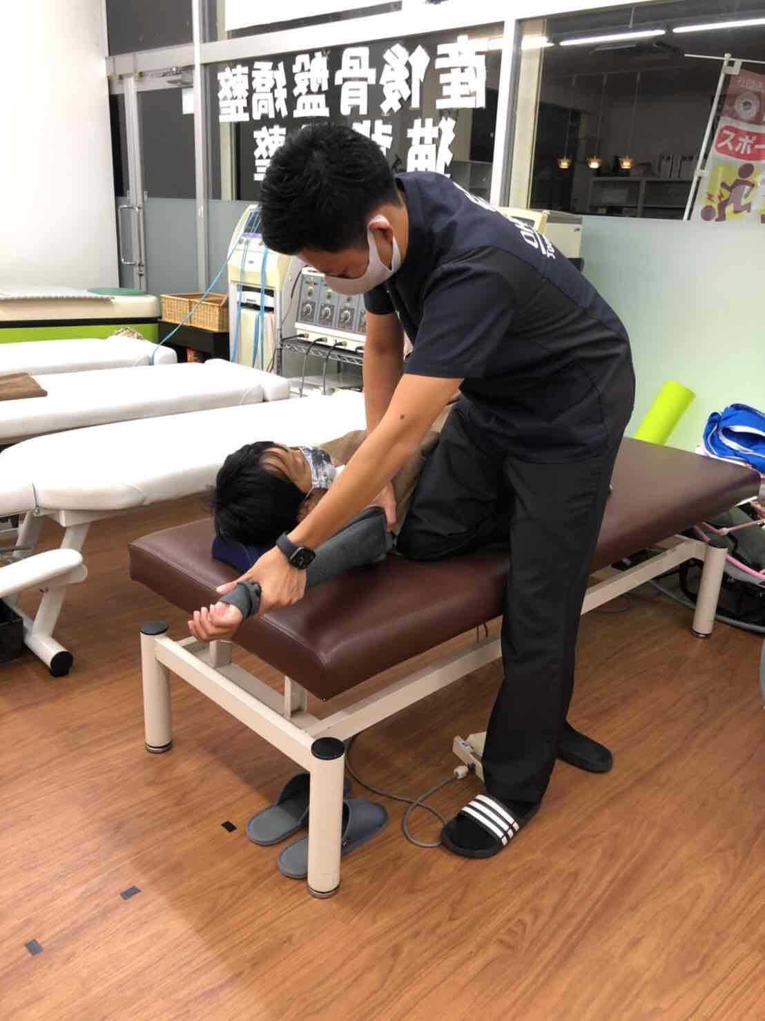 鈴鹿市 グランデ接骨院の姿勢矯正治療