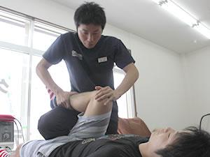 鈴鹿市 グランデ接骨院 膝痛の治療